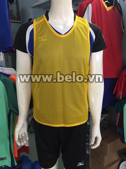 Áo lưới tập bóng đá phân đội màu vàng đậm AT003