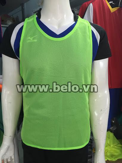 Áo lưới tập bóng đá phân đội màu xanh chuối AT006