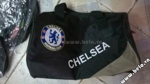 Túi đựng đồ bóng đá hình trống Chelsea đen ghi