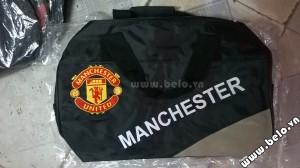 Túi đựng đồ bóng đá hình trống Manchester đen ghi