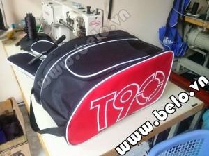Túi đựng đồ bóng đá hai ngăn Nike T90 đỏ