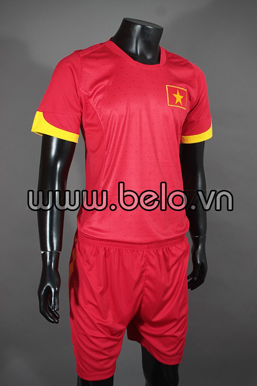 Áo bóng đá tuyển Việt Nam 2015 sân nhà đỏ sao