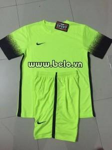 Áo bóng đá không logo xanh chuối AKLG 33-2016