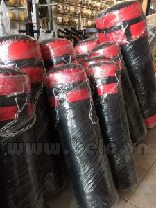 Bao đấm 1,1m đỏ đen ( cỡ lớn) giá rẻ
