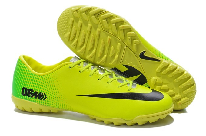 Image result for giày bóng đá