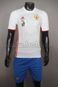 Áo bóng đá đội tuyển Nga trắng