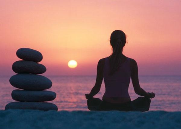 Tại sao tập luyện yoga lại tốt cho sức khỏe? - www.TAICHINH2A.COM
