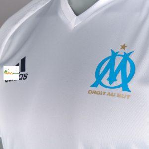 Áo bóng đá Olympic Marseille sân nhà màu trắng 2016-2017.