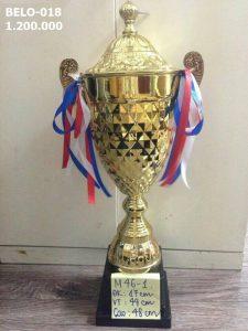 Cúp thể thao Belo-018 hợp kim mạ vàng