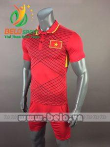 Áo bóng đá đội tuyển Việt Nam 2017-2018 màu đỏ