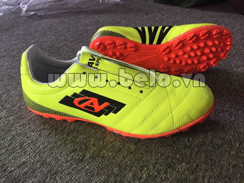 Giày bóng đá Coavu w17 fly wing màu vàng