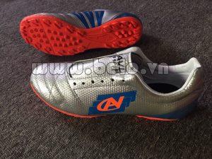 Giày bóng đá Coavu w17 fly wing màu bạc
