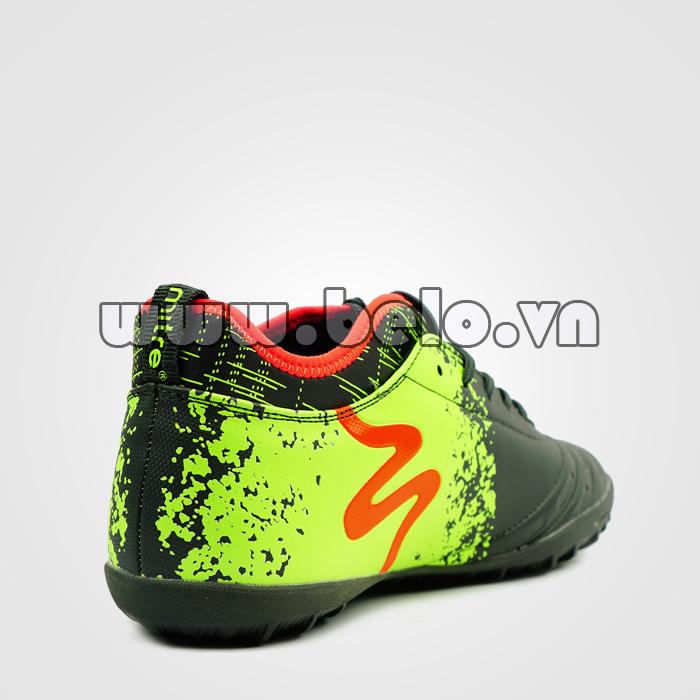 giày bóng đá MITRE động lực