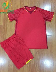 Áo bóng đá không logo Việt Nam màu đỏ