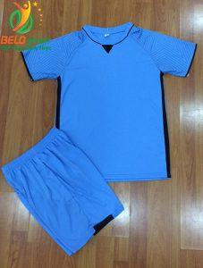 Áo bóng đá không logo Việt Nam màu xanh ngọc