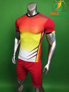 Áo bóng đá không logo Belo D-030 màu đỏ pha vàng