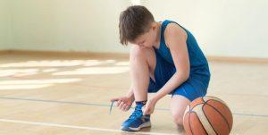 Cần lưu ý gì khi chọn giày bóng rổ cho trẻ em?