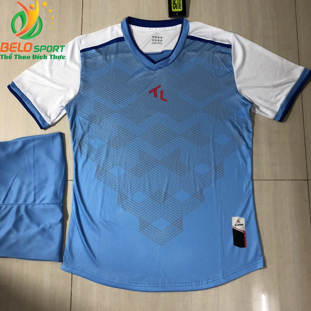 Áo bóng đá không logo màu xanh nhạt 2019-K09