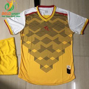 Áo bóng đá không logo màu vàng 2019-K10