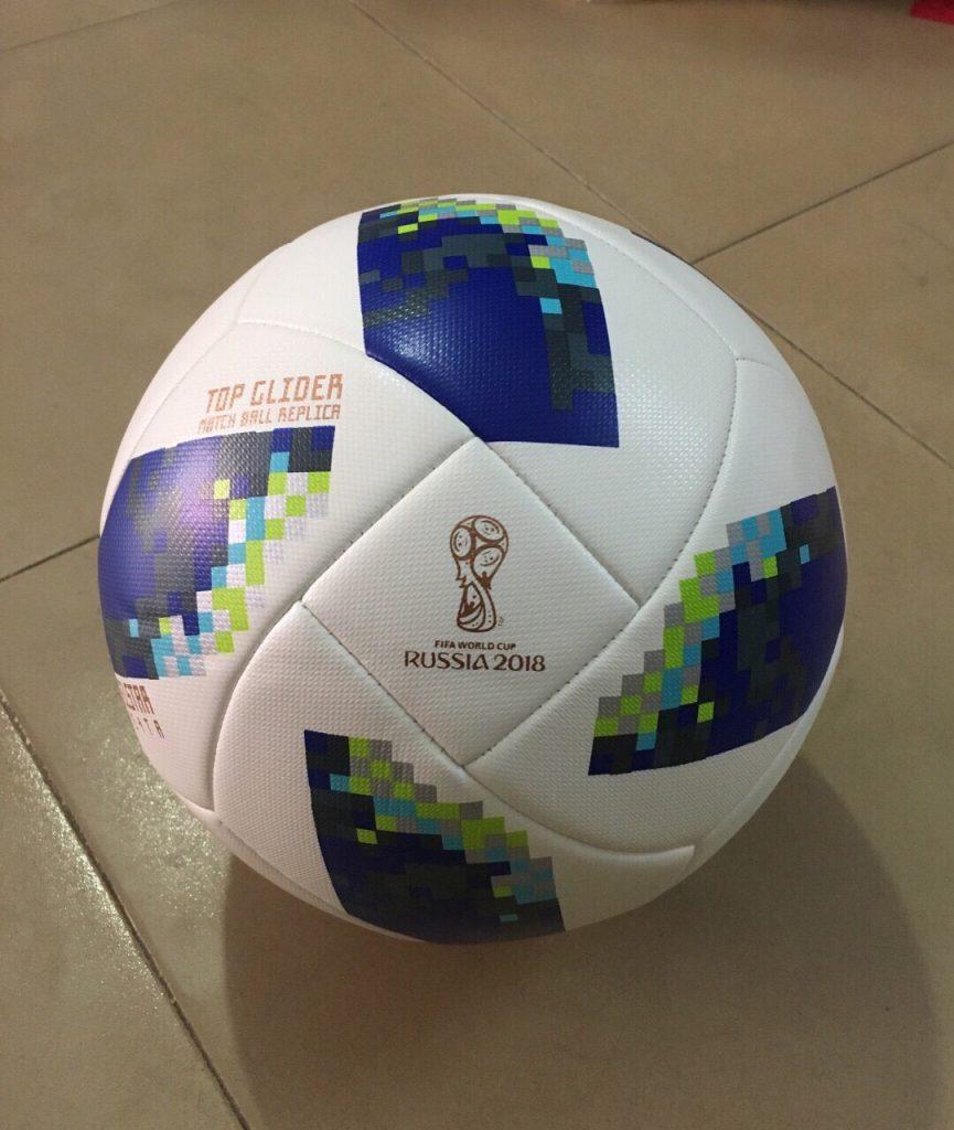 Quả bóng đá fifa worldcup 2018 cao cấp size 4 cho học sinh cấp 2