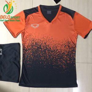 Áo bóng đá không lô gô K-022 2019 giá rẻ màu cam pha đen