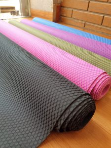 Thảm yoga du lịch chính hãng Kite-688 ( tặng kèm túi )