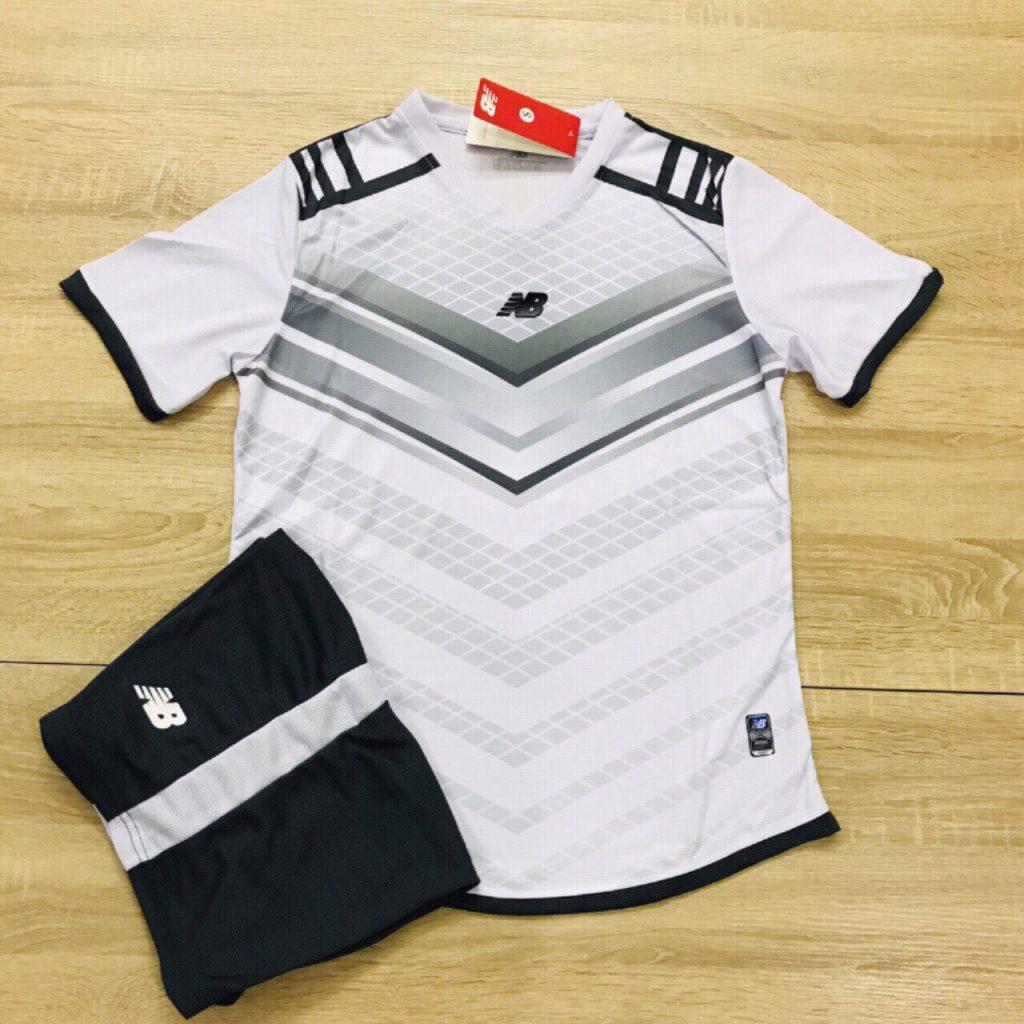 Áo bóng đá không logo NB màu trắng độc quyền Belo Sport