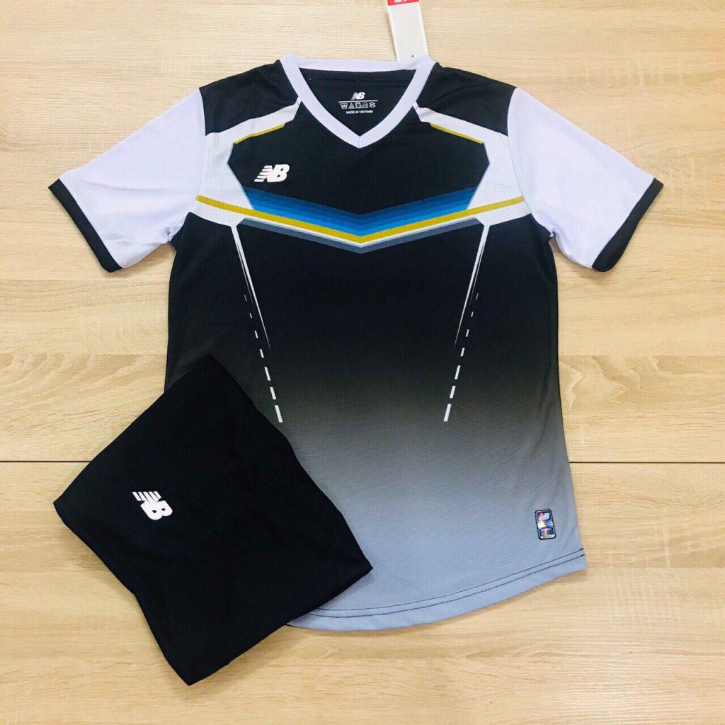 Áo bóng đá không logo NB v2 màu đen độc quyền Belo Sport