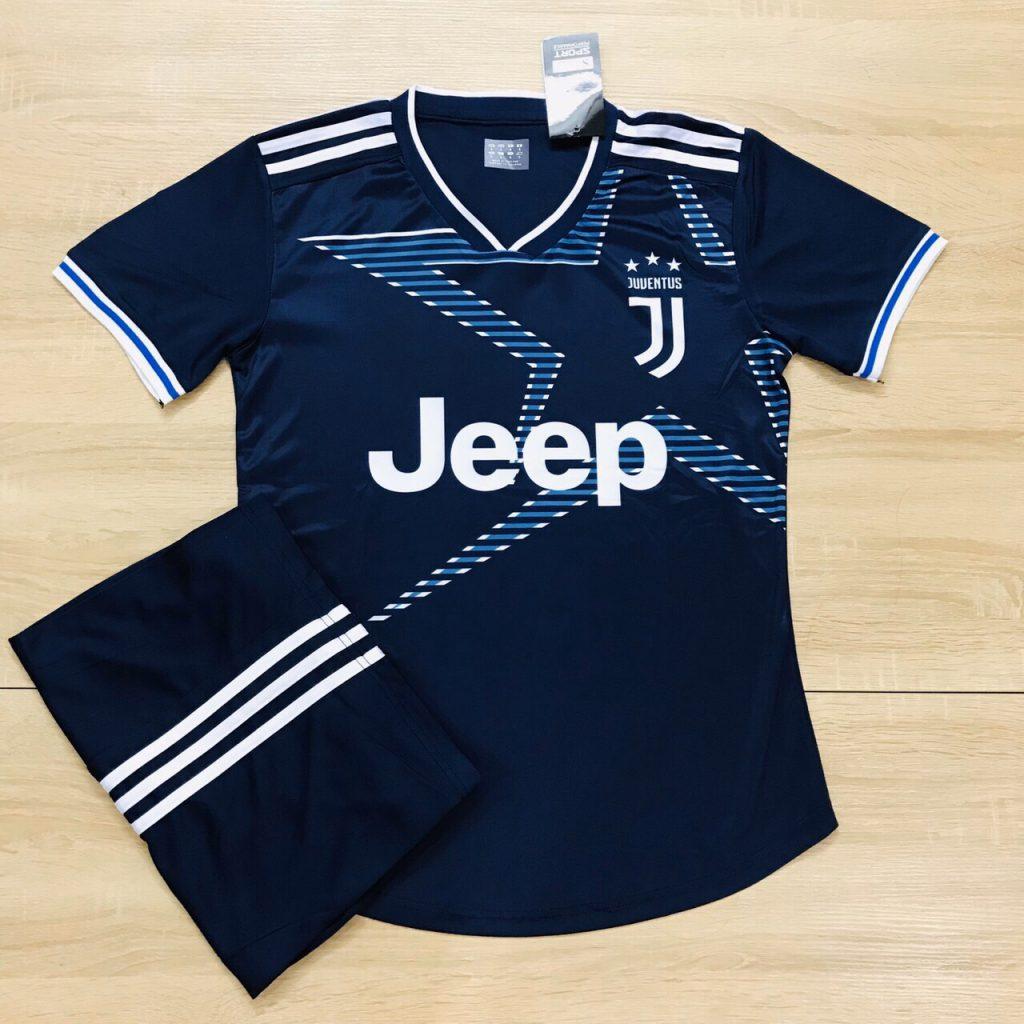 Áo bóng đá CLB Juventus màu xanh đậm