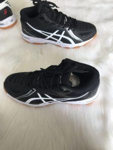 Giày bóng chuyền, bóng bàn, cầu lông Asics màu đen trắng
