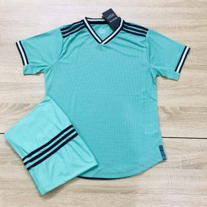 Áo bóng đá không logo mô phỏng áo CLB màu xanh nhạt