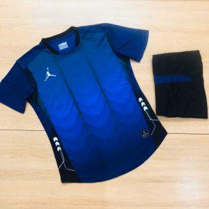 Áo bóng đá không logo BL màu xanh đậm năm 2020