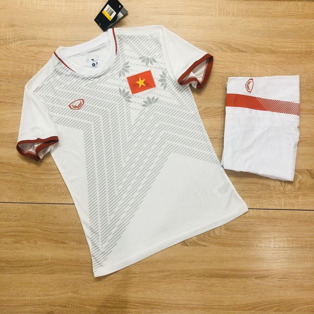 Áo bóng đá đội tuyển quốc gia Việt Nam màu trắng năm 2020