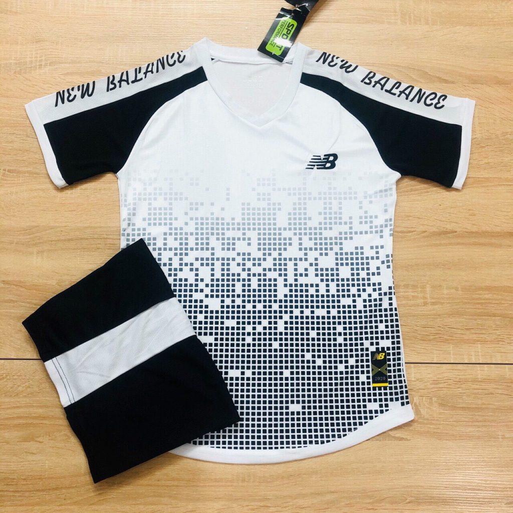 Áo bóng đá không logo NB2 màu đen trắng 2020