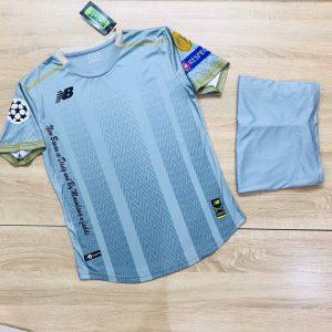 Áo bóng đá không logo NB4 màu xanh dương năm 2020