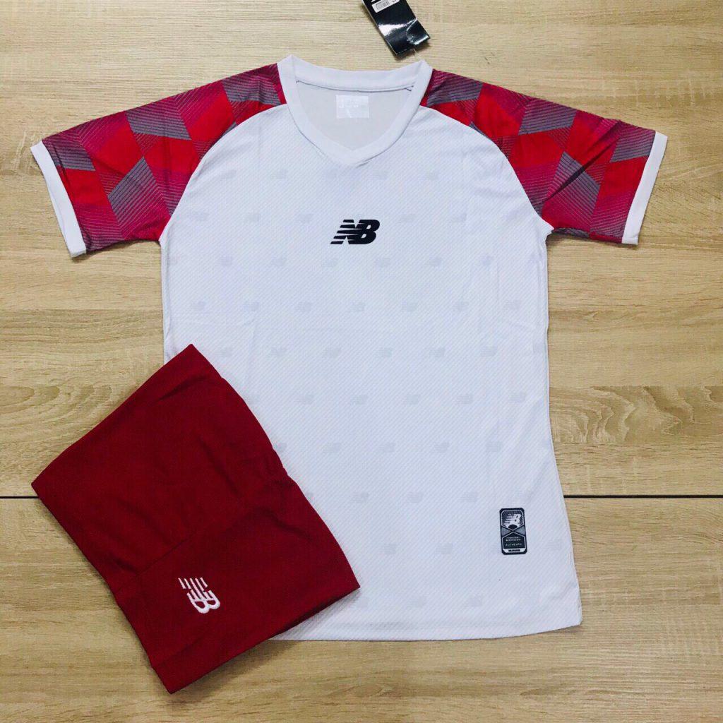 Áo bóng đá không logo NB1 màu trắng đỏ