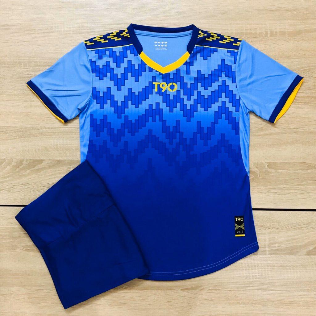 Áo bóng đá không logo T90 màu xanh dương năm 2020