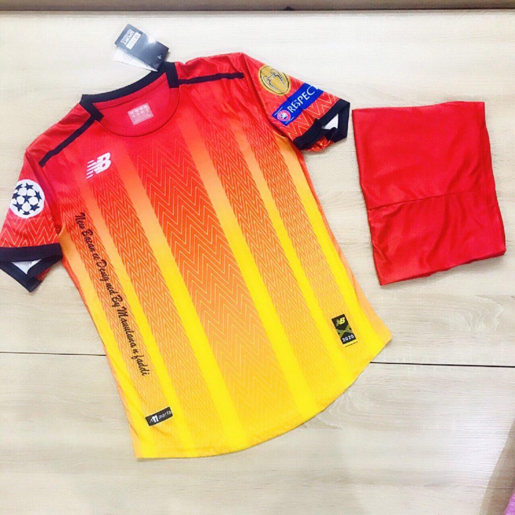 Áo bóng đá không logo NB4 năm 2020 màu đỏ