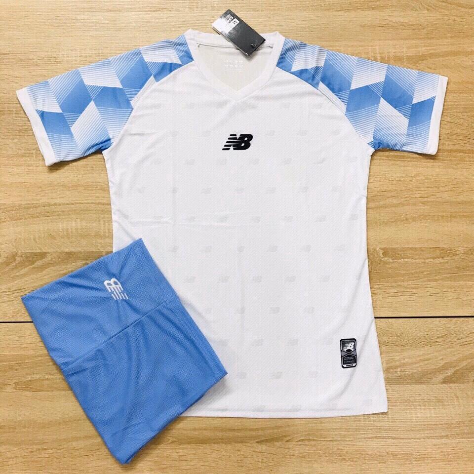 Áo bóng đá không logo NB1 màu trắng xanh da trời
