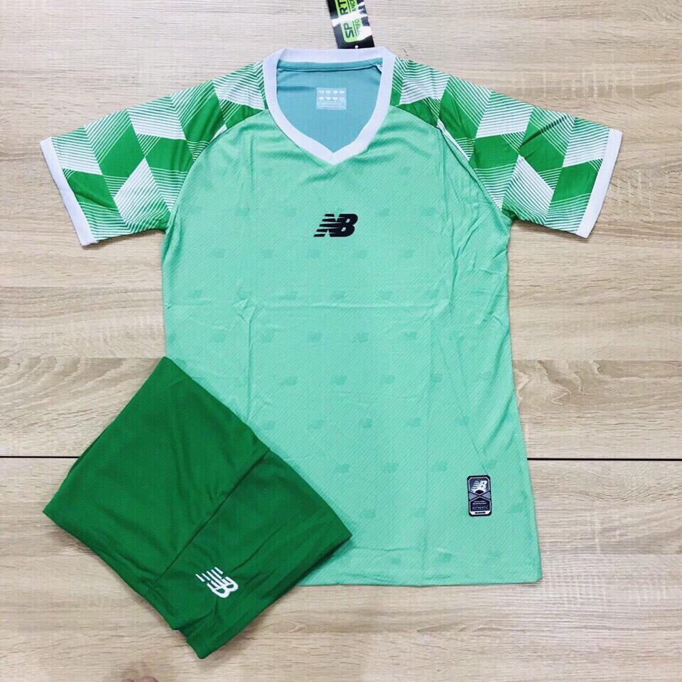 Áo bóng đá không logo NB1 màu xanh