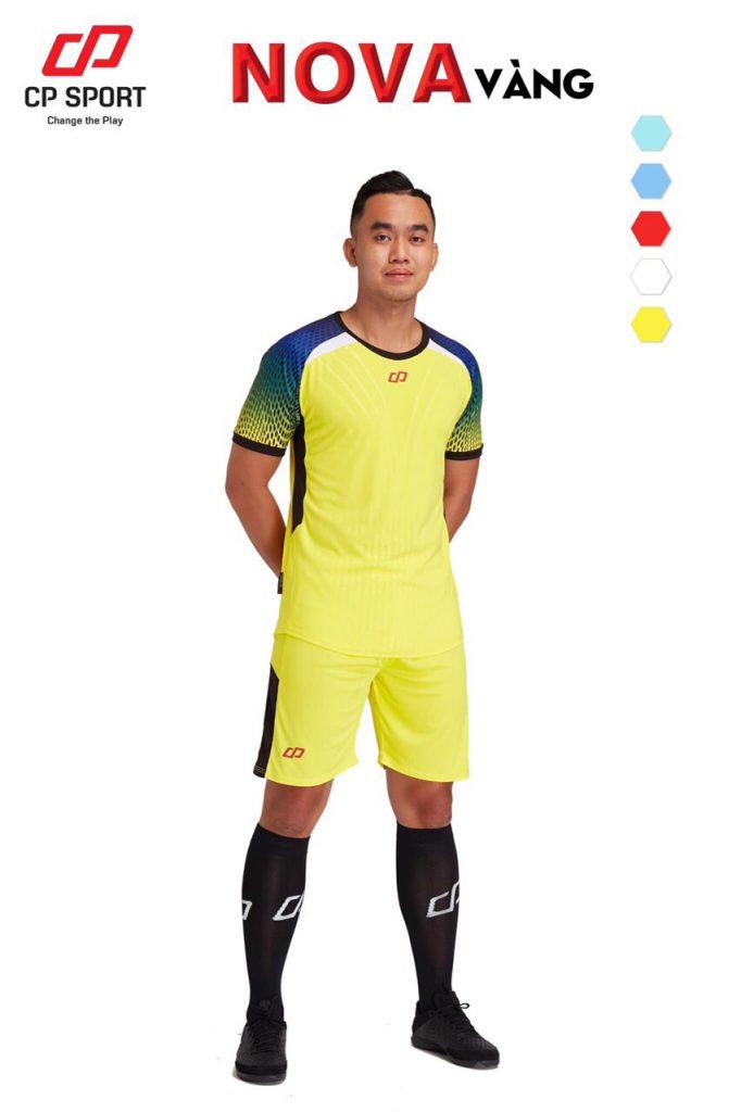 Áo bóng đá CP Nova màu vàng năm 2020