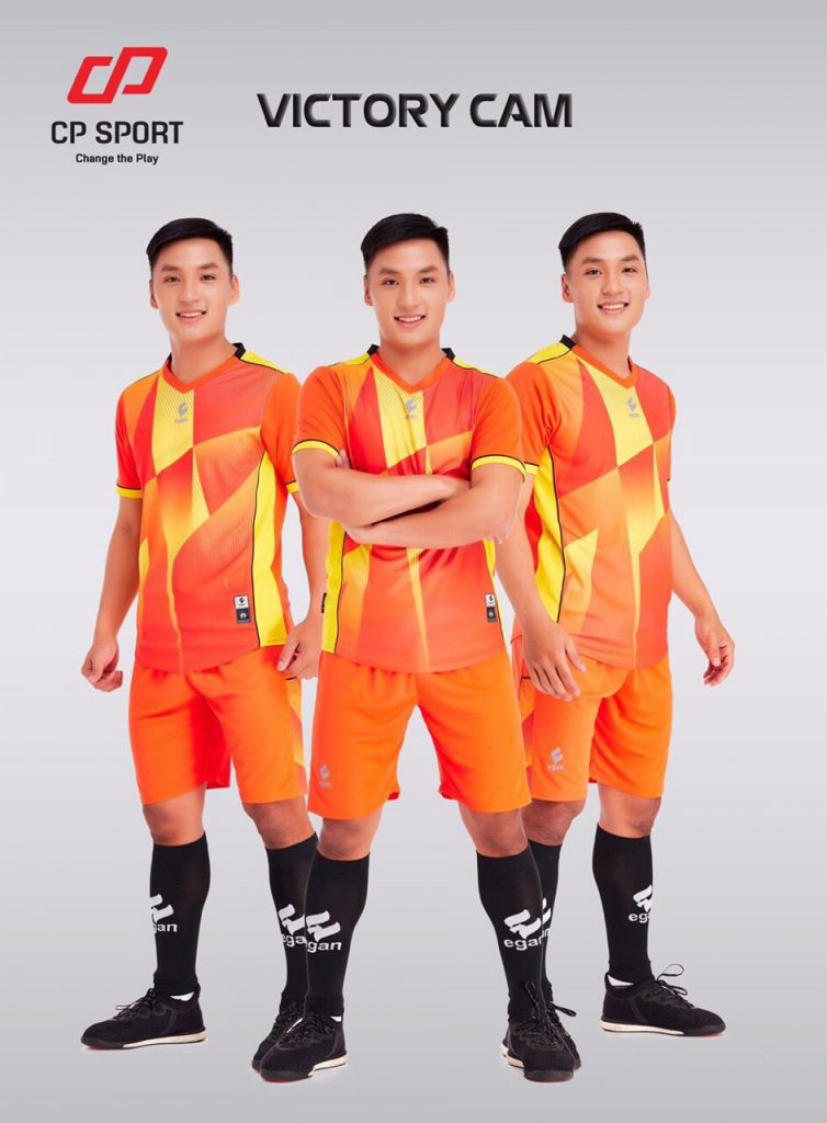 Áo bóng đá CP Victory màu cam năm 2020