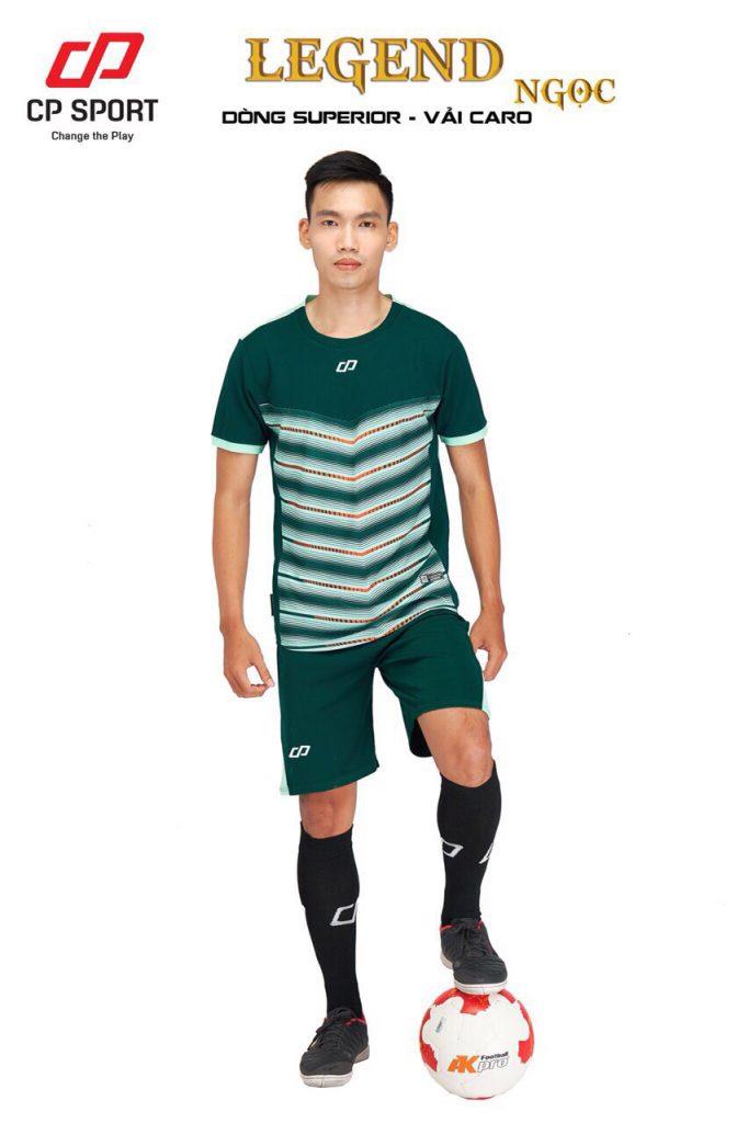 Áo bóng đá CP Legend màu xanh lục năm 2020