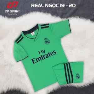 Áo bóng đá trẻ em CP CLB Real Madrid màu xanh lá năm 2020