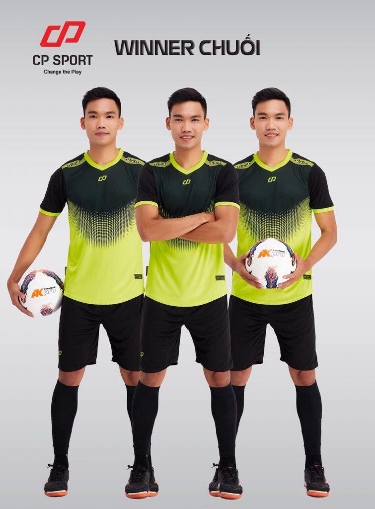 Áo bóng đá CP Winner màu xanh lá phối đen năm 2020