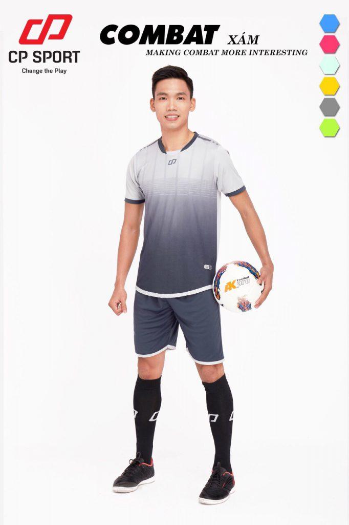 Áo bóng đá CP Combat màu xám năm 2020