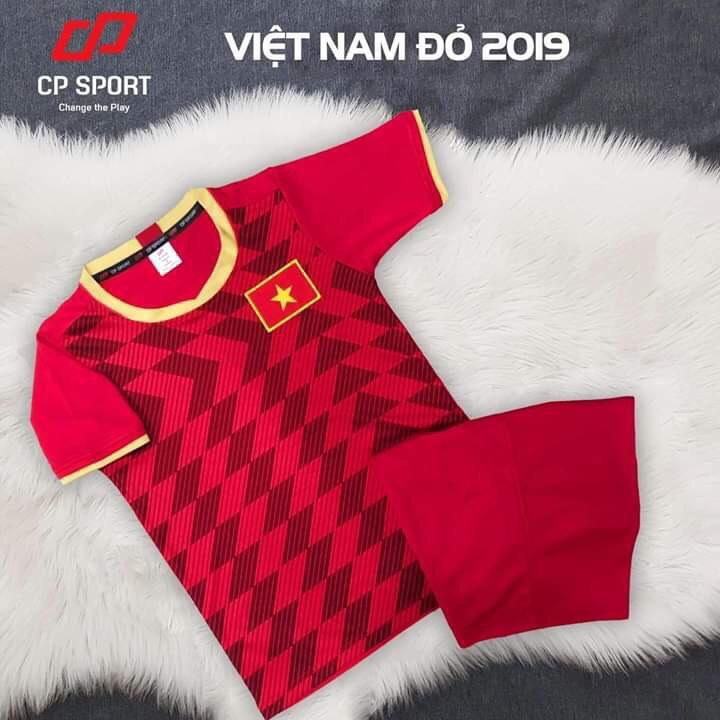 Áo bóng đá trẻ em CP đội tuyển Việt Nam màu đỏ năm 2020