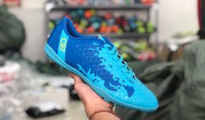 Giày bóng đá trẻ em CR7 màu xanh dương mới nhất 2020