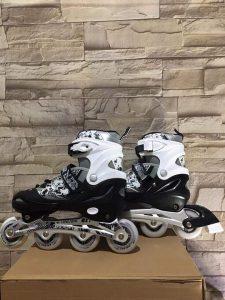 Giày trượt Patin mã 906 màu trắng phối đen mới nhất 2020