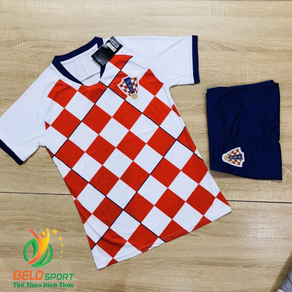 Áo bóng đá đội tuyển Croatia màu đỏ trắng mới nhất năm 2020